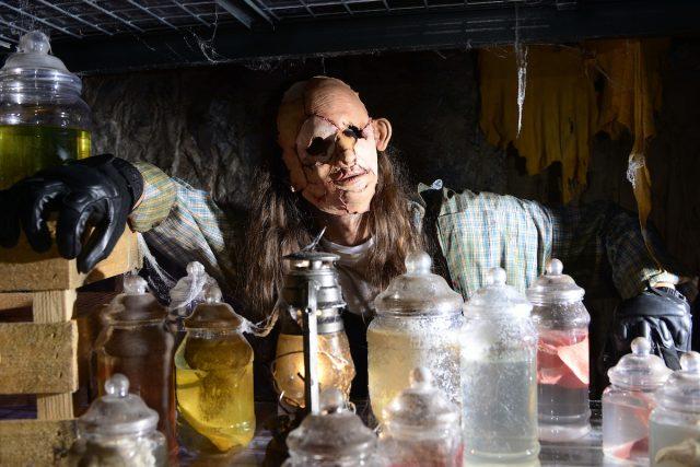 Scare Maze - Altonville Mine Tours